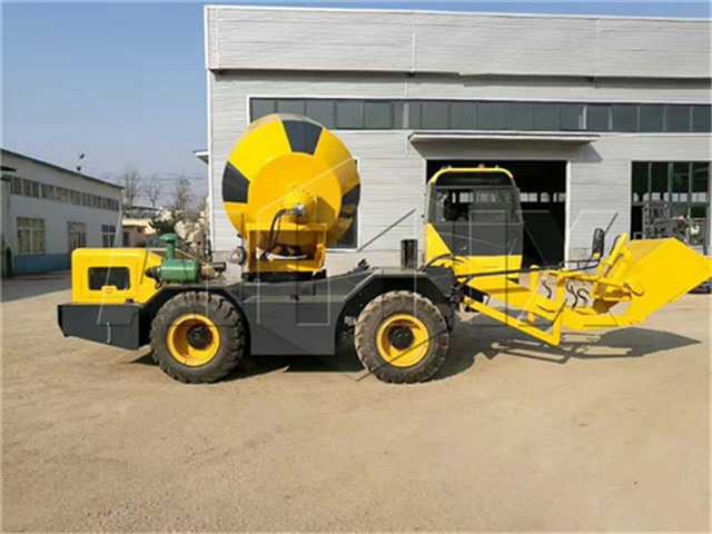 mobile concrete mixer for sale