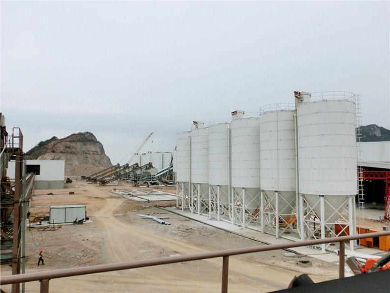 Large Cement Silo